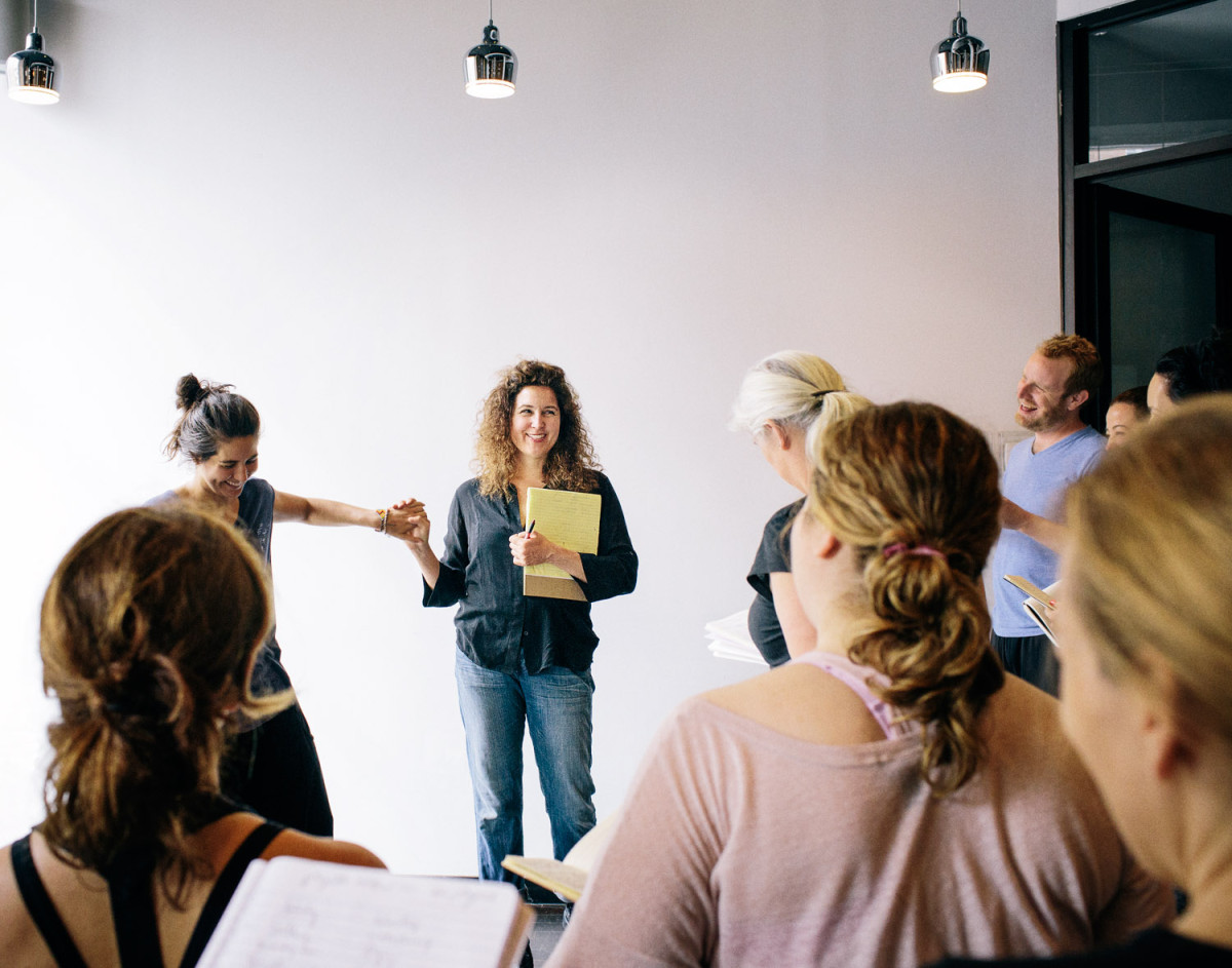 Joan Scheckel instructing her Filmmaking Lab in Soho. (Photo by Ben Zucker.)